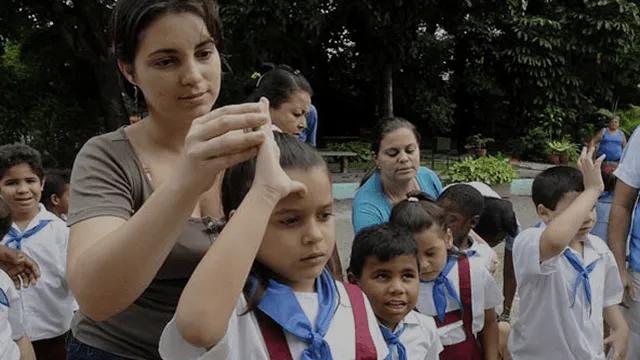Escola Dora Alonso - Educação Especial